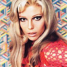 Nancy Sandra Sinatra