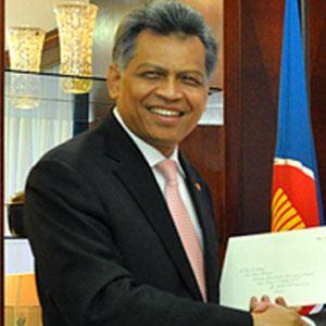 Surin Pitsuwan