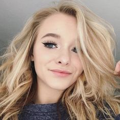 Zoe LaVerne