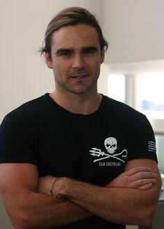 Dustin Clare