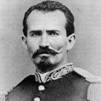 Manuel González Flores